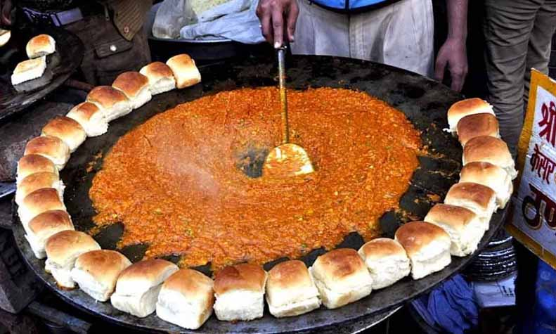 top-10-delicious-street-food-in-gurgaon