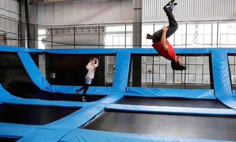 sky-jumper-trampoline-park-gurgaon