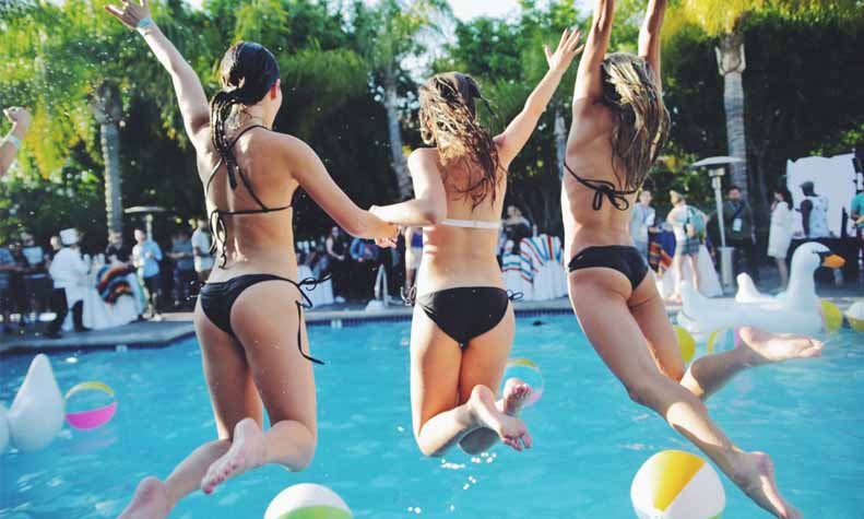 best-pool-party-places-gurgaonbest-pool-party-places-gurgaon